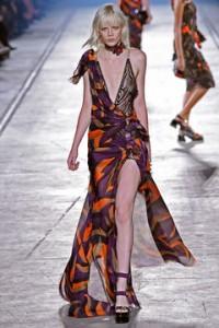 collezione Versace sfila a Milano