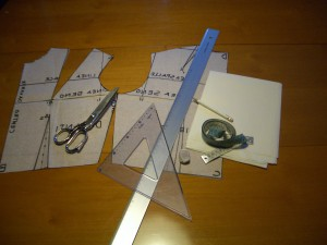 materiale utile per il cartamodello della manica base