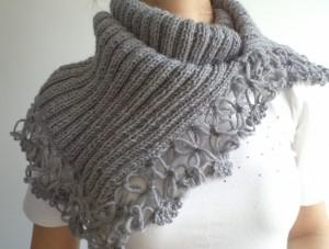 sciarpa di lana fatta a ferri