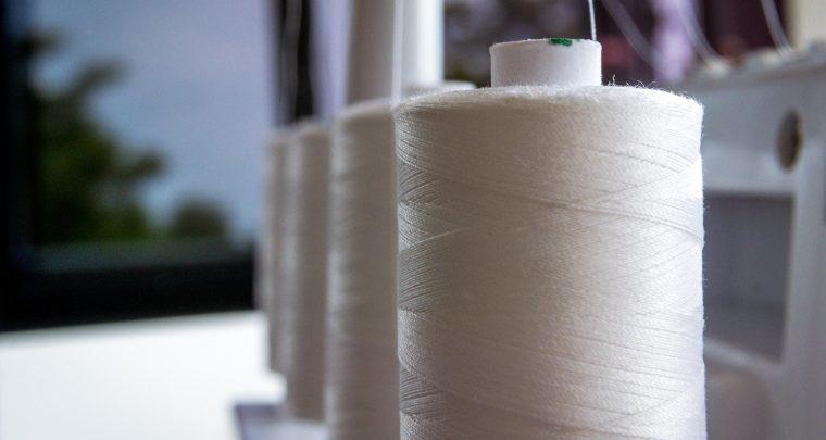 Il filo della macchina da cucire si spezza cosa fare?