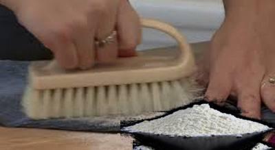 Come smacchiare le macchie di olio su tessuto